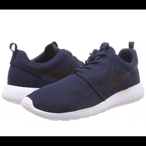 68de2c038ed Men s Nike Roshe Run 511881-405 Navy White Black